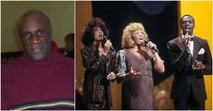 The Legendary Whitney Houston and her family. Have a look!