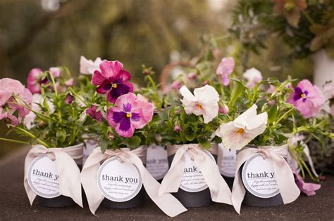 spring wedding favors  enhance  seasons beauty
