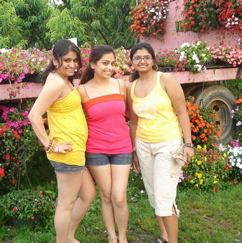Indian Hot College Girls Chuttiyappa