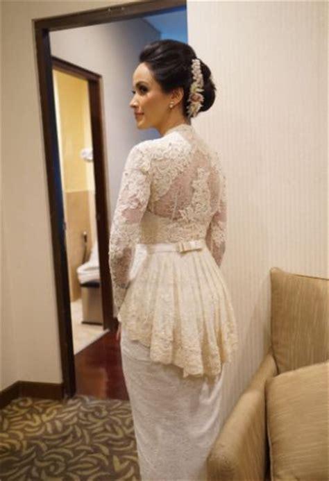 vera kebaya pakaian wanita bunga pakaian wanita