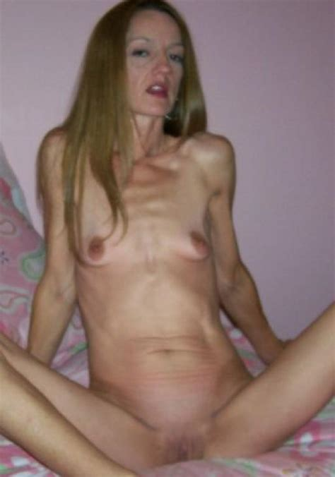 Very Skinny Ugly Mom Picture 12 Uploaded By Schneider411