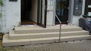Treppe Hauseingang Bilder : blockstufentreppe aus beton betonwerkstein waschbeton sandstein wagner treppenbau mainleus ~ Markanthonyermac.com Haus und Dekorationen