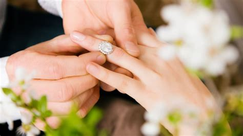 why engagement rings are made with diamonds mental floss