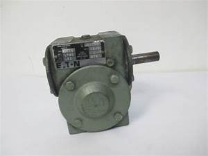Eaton 15ab Worm Gear Speed Reducer 92  3 Ratio Inp Rpm 1750