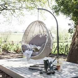 Garden Wicker Chairs Photo