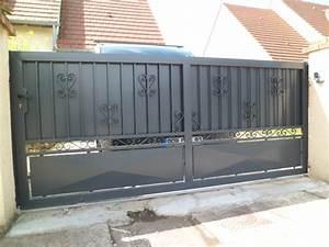 portails portail coulissant en alu ou en fer With portail de maison en fer