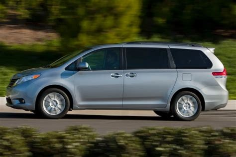 Minivans With Awd by Best 5 Used Awd Minivans