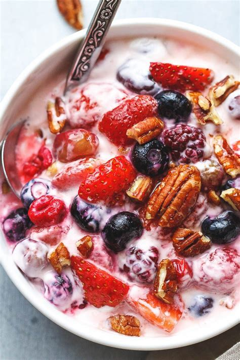 Berry Cheesecake Salad Recipe ? Eatwell101