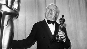 When Charlie Chaplin Triumphantly Returned to Hollywood ...