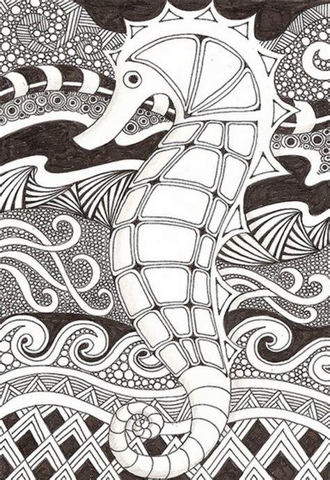 coloriage hippocampe mandala en noir dessin gratuit  imprimer