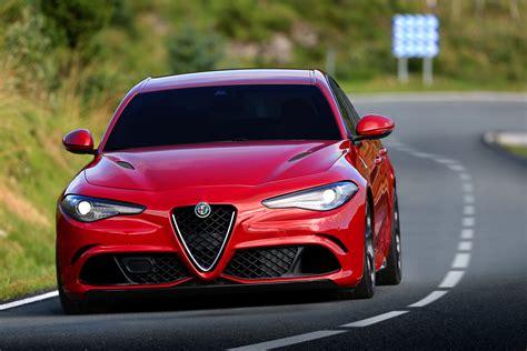 Alfa Romeo Giulia Quadrifoglio Specs & Photos