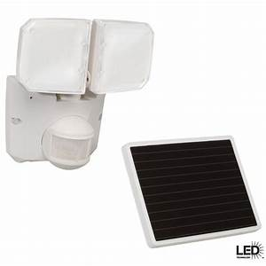 Defiant degree outdoor white motion activated solar