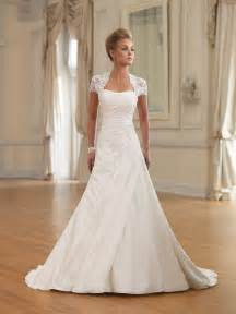 choosing wedding dresses for the special occasion of yours - Brautkleider A Linie
