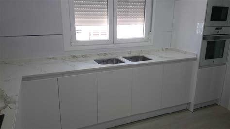 carpinteria familia murcia cocina lacada blanca brillo