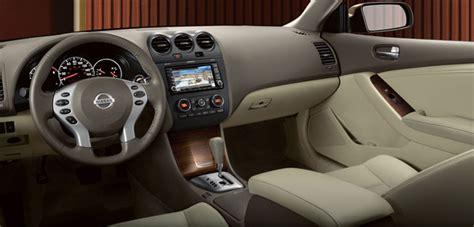 Nissan Altima 2010 Interior Pictures
