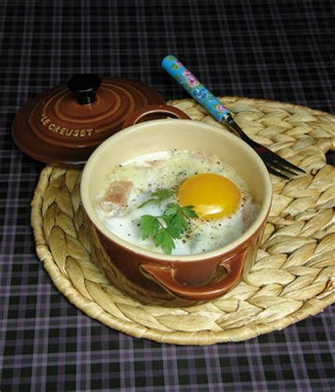 cuisine avec des oeufs recette de oeufs cocotte sucré salé les recettes de cosette