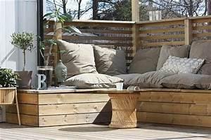 Salon De Jardin En Palette De Bois : banc de jardin en palettes un choix respectueux de l 39 environnement ~ Voncanada.com Idées de Décoration