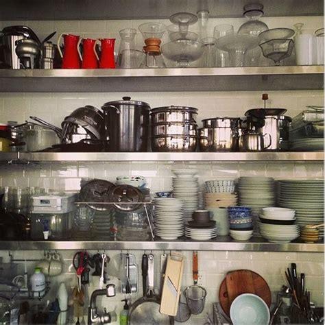 shelfie organizing lessons  images diy kitchen