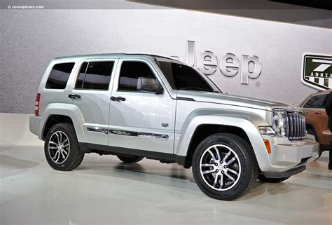 silver jeep liberty with black rims 2011 jeep liberty 70th anniversary edition news and