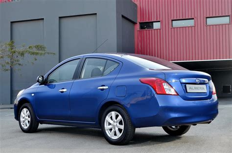 nissan almera review carscoza