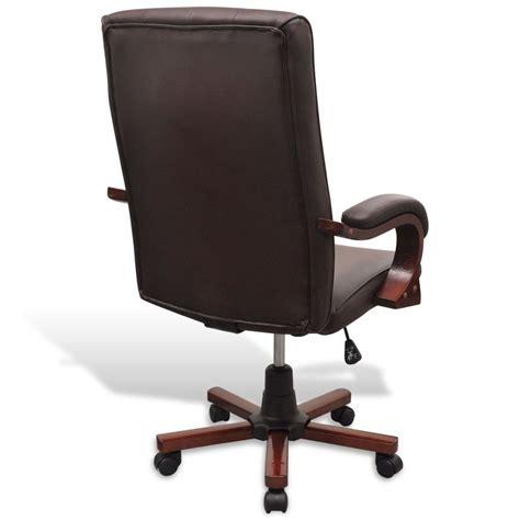 fauteuil de bureau marron acheter fauteuil de bureau chesterfield en cuir artificiel