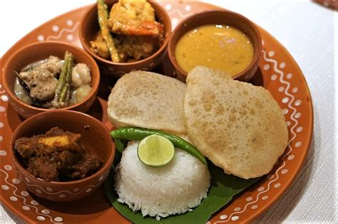 try these 7 bengali restaurants in kolkata for authentic