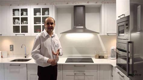 cocinas pequenas modernas rusticas blancas  encimera