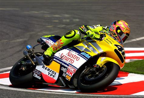 images  valentino rossi vr  pinterest