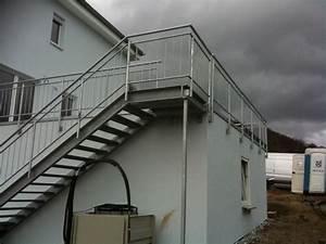 Stahltreppe Mit Holzstufen : schlafzimmer podest ~ Michelbontemps.com Haus und Dekorationen