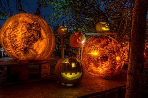 halloween pumpkin carvings    pop culture
