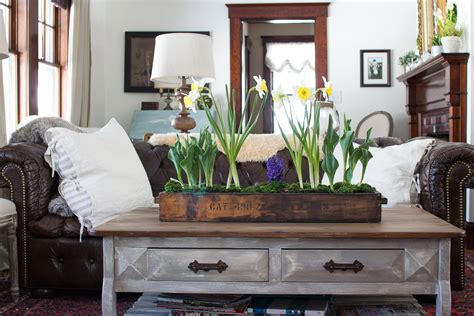 Industrial_crate_flowers_living_room Where Can I Get A Cheap Bedroom Set Lockers For Kids Bedrooms 2 Apartments Rent Chaise Lounge Chairs Two Apt Ashley Furniture Portland Corner Desk