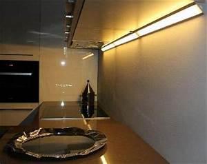 Küchenbeleuchtung Led Unterbau : h ngeschrank led beleuchtung glas pendelleuchte modern ~ Orissabook.com Haus und Dekorationen