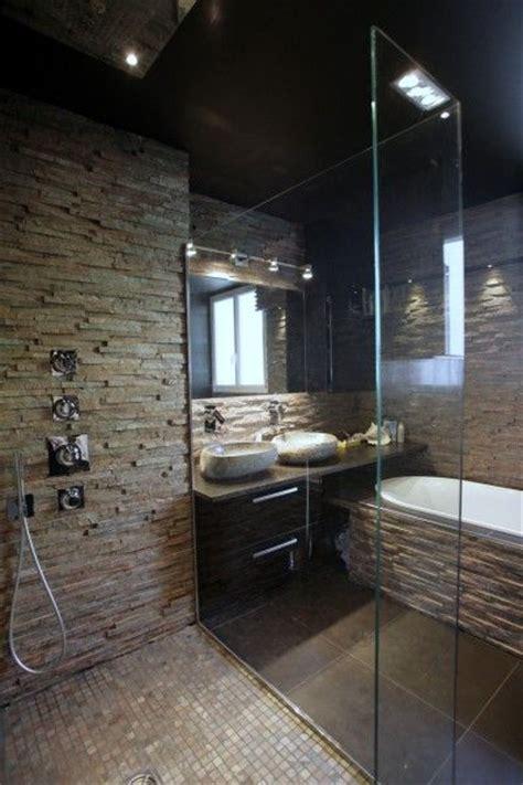idee decoration salle de bain douche avec mur en pierre