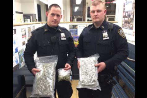 driver busted   pounds  marijuana  trunk