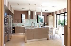 Couleur Cuisine Moderne : une cuisine chic et moderne ~ Melissatoandfro.com Idées de Décoration