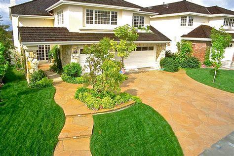 cool driveway ideas driveway design america s 9 coolest driveways ever houselogic