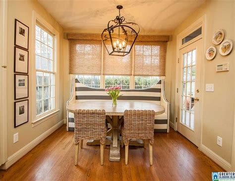 Comfortable Livable Alabama Home by 1000 Images About Breakfast Room On