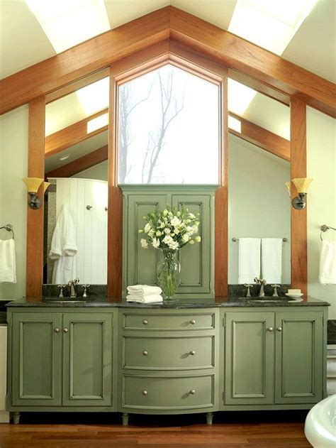 light kitchen cabinets 10 best cabinets images on kitchen colors 3747