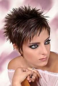 Coupe Courte Visage Ovale : coupe tres courte femme visage rond ~ Melissatoandfro.com Idées de Décoration