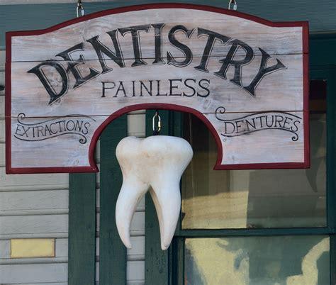 Ko darīt, ja zobu sāpes piemeklē naktī? - MedzābakiMedzābaki