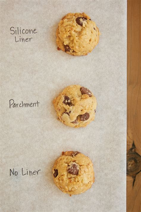 baking lined sheets vs unlined