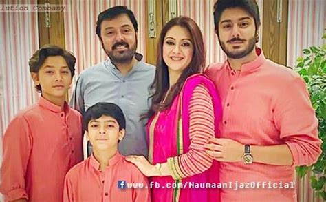 adorable family pictures  noman ijaz  wife