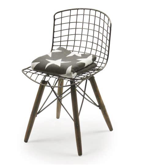 chaise design pied bois chaise design fil de fer et pieds en bois wadiga com
