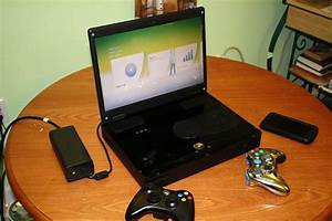 Xbox 360 Slim turned into an even slimmer laptop [photos ...