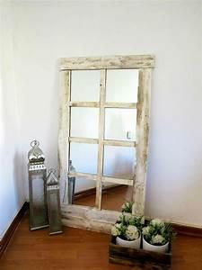Miroir Cadre Bois : miroir cadre bois un accessoire la fois pratique et esth tique ~ Teatrodelosmanantiales.com Idées de Décoration