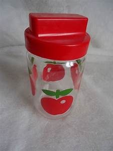 Pots à épices : pot henkel pomme rouge du vintage chez poch k ~ Teatrodelosmanantiales.com Idées de Décoration