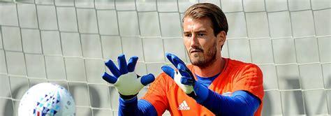 Adam Legzdins joins Burnley   Birmingham City Football Club