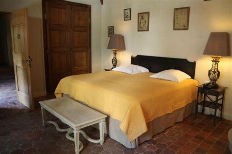 chambre d hotel romantique photo chambre et jaune déco photo deco fr