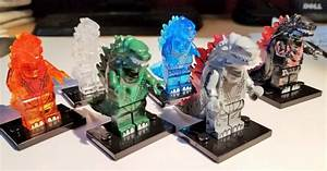 Studded Plate: Review: Action Figure Therapy's Godzilla Clones