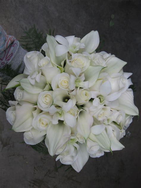 white wedding bouquet stadium flowers